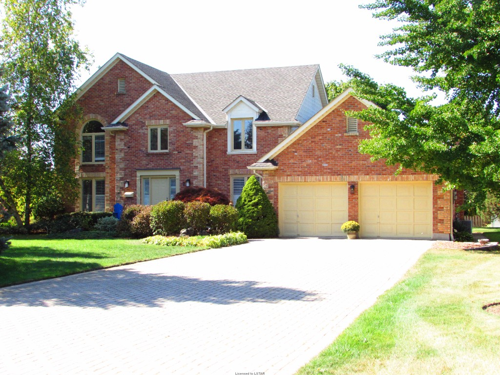 2 CALDWELL PL, London, Ontario (ID 610139)